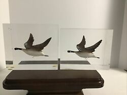 Lot Of 2 Clear Acrylic Lucite Vintage With Canadian Geese Flying Scene Bookends
