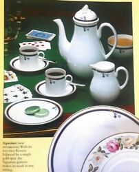 Royal Worcester Signature Pattern Set 74 Pieces Made In England