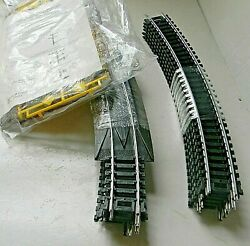 Life-like Nickle Silver Track 12 Curve W/pick-up And Scenery Pack Of Signs - Ho
