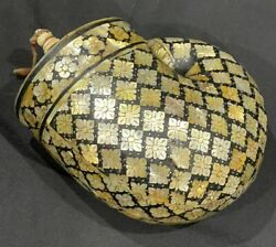 Museum Quality Islamic Mughal Style Mother Of Pearl Inlaid Gun Powder Flask