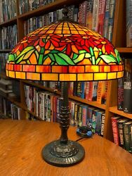 Antique Reproduction Poinsettia Leaded Glass Lamp Bronze Pineapple Base