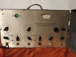 Classic Vintage General Electric Yg-3 Signal Generator 115v 60w As Is Ge