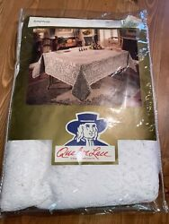 Vintage Quaker Lace Tablecloth Symphony Oval 70 X 108 44421 White New Opened
