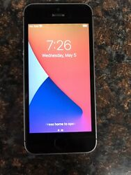 Apple Iphone Se - 64gb - Black Unlocked A1723 -for Parts- Look
