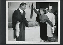 Shelley Winters + Stephen Mcnally Fight With Fish - 1951 Candid For Noir Film