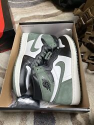 Air Jordan 1 Retro High Og And039clay Greenand039 - 555088-135 Black White Size 10 Ds