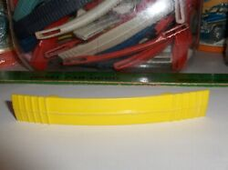 Beatles Yellow Submarine-lunchbox Handle Yellow,also Fits Many Other Boxes-rare