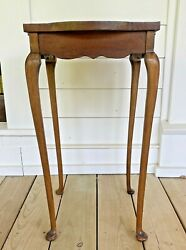 Antique Wood Small Side Tea Occasional Table Round Square Queen Anne