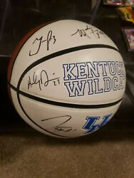 Kentucky Wildcats 2011-2012 National Championship Basket Signed By Anthony + 6