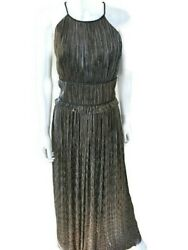 New1600 St. John Couture Gown. Halter. Size 2 And Size 6. Black/gold. Sleeveless