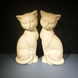 PAIR OF 8quot; TALL PORCELAIN KITTY CAT FIGURINES WHITE MADE IN JAPAN