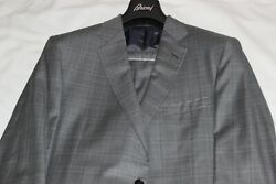 Brioni Menand039s Grey Plaid 100 Wool Made In Italy Suit Brand New 7995 Size Us 44l