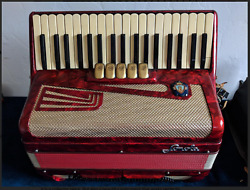 Vintage Sonola Accordion From The 60s With Case. Collector Piece Excellent Cond