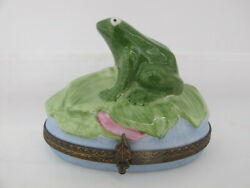 Limoges France Peint Main Large Hand Painted Frog On Lily Pad Hinged Trinket Box