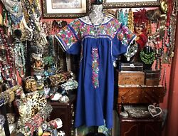Absolutely Beautiful Vintage Navy Blue Oaxacan Mexican Multi Embroidery 2xl-3xl