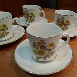 Royal Warwick Sunflower England Set Of 4 Cups And Saucers 3 Tall