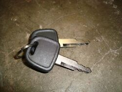 Ford Tractor Starter Key Mt40266850 Will Fit New Holland Equipment