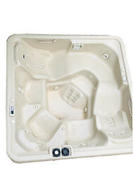 Grand Rapids Pickup Only Discontinue Emerald Whirlpool Hot Tub Spa Cygnus Seat 7