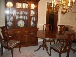 Davis Cabinet Dining Room Set-table-3 Leaves-6 Chairs-china Cabinet-table Pads