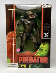 Mcfarlane Toys 12and039and039 Inch Predator Brand New Factory Sealed 2004 Mib 380