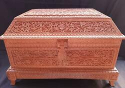 Rare Big Size Islamic Handmade Wooden Box Of Indian Princely State Coat Of Arms