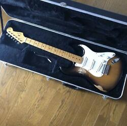 Fender Usa American Vintage Series 2cs Stratocaster Electric Guitar W / Case