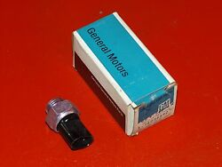 Nos Gm 1983-05 Chevrolet Gmc Truck 4wd Shift Control Indicator Switch 14056592
