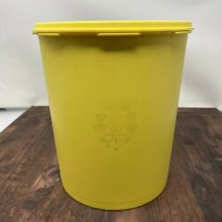 Vintage/retro Tupperware Servalier Canister 3 Piece Set, Yellow, With Lids