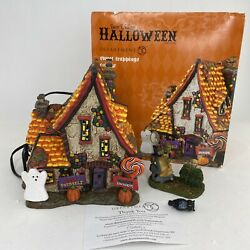 Dept 56 Sweet Trappings Cottage 4051012 Snow Village Halloween 2016 + Witch Trap