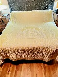 Vintage Peacocks Polyester Chenille Queen Bedspread Cutter - 82x92 Yellow