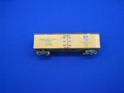 Ho Scale Central Valley Pacific Express Reefer - Freight Car