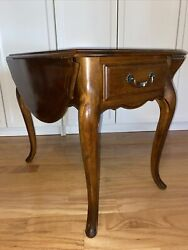 Ethan Allen Country French Drop Leaf End Table 26-8302 236 Fruitwood