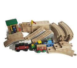 31 Pc. Thomas And Friends Wooden Trains Railway Set Bridge Track Conductor Shed