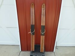 A Vintage Snow Skis Wood 42 Child Cross-country Cabin Decor Wall Art Antique