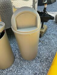 Rubbermaid Marshall Classic 15 Gallon Trash Receptacle Can Dome Lid Comm Grade