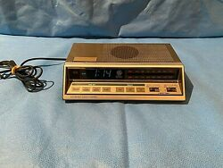 General Electric Digital Alarm Clock Radio Electronic Touch Control 7 4663A