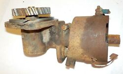 Wisconsin Engine Vh4d Distributor Drive With Coupler      Lot 252