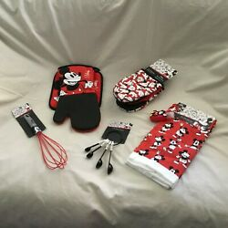 Disney Mickey Hotpot Holder,mini Mitts,measuring Spoon,whisks,towels Gift Set