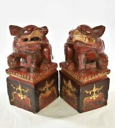 Pair Antique Chinese Red Gilt Wood Carved Statue Of Animal Fu / Foo Dog / Lion