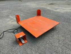 Air Caster Corporation D-12932 Industrial Lift And Tilt Table, 2000 Lbs, 50x50