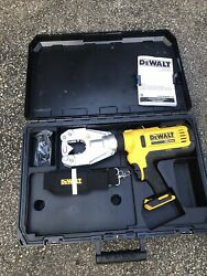Dewalt Dce350 20v Max Cordless Dieless Cable Crimping Tool