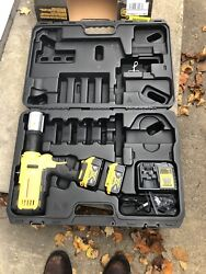Dewalt Dce200m2 20v Max Copper Pipe Press Tool Brand New W/ Two Dcb204 Battery