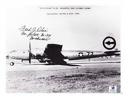Fred J. Olivi Wwii 2nd Atomic Bombing Autographed 8x10 Bandw Photo With Global Coa