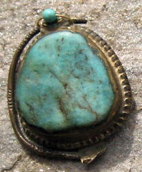 Persian Saudi Turquoise And Gold Cabochon Pendant Antique Jewelry Necklace Beads