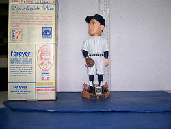 2003 Forever Babe Ruth Pitching Pose White Uniform Bobblehead N.y. Yankees