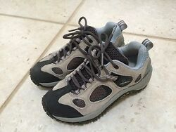 MERRELL Women's Chameleon Ventilator Low Grey Lace Up Trail Size 6.5 US