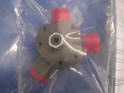 Cessna R182 T182 And T206h Fuel Selector Valve 9851096-5 Overhauled 0517-120