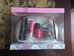 Madame Milly Cosmetic Set $21.99
