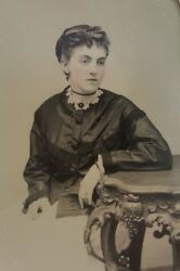 Antique Vintage American Beauty Furniture A.e Alden Springfield Ma Tintype Photo