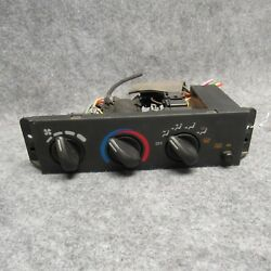 1995-1997 Chevy Cavalier Climate Control Heater Unit w/out AC 16208531 OEM 26239
